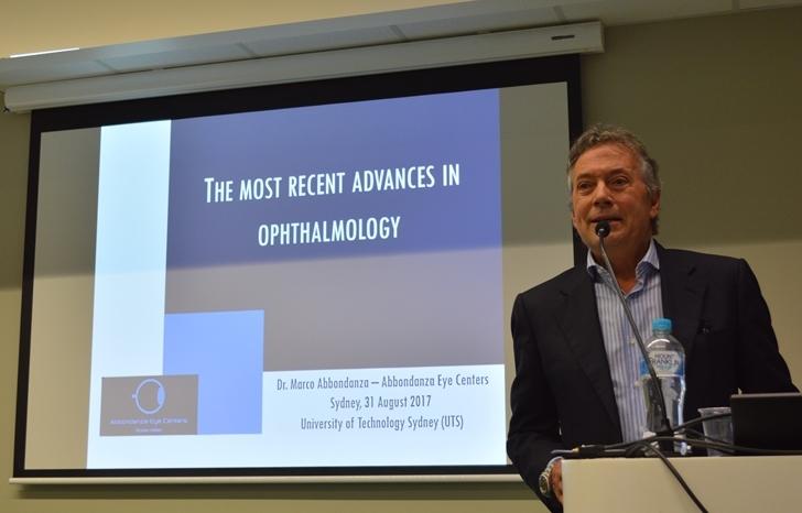 Il Dr. Abbondanza durante la sua conferenza a Sydney